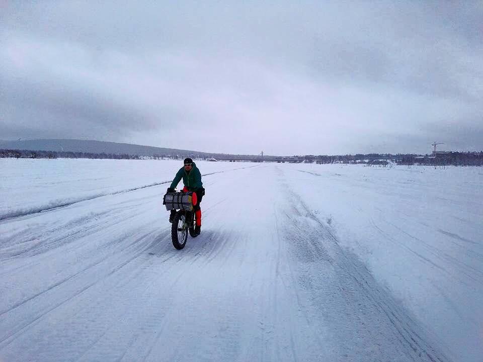 Luca Bettinsoli nei ghiacci della Finlandia