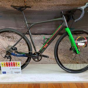 Gt Gravel Bike in carbonio