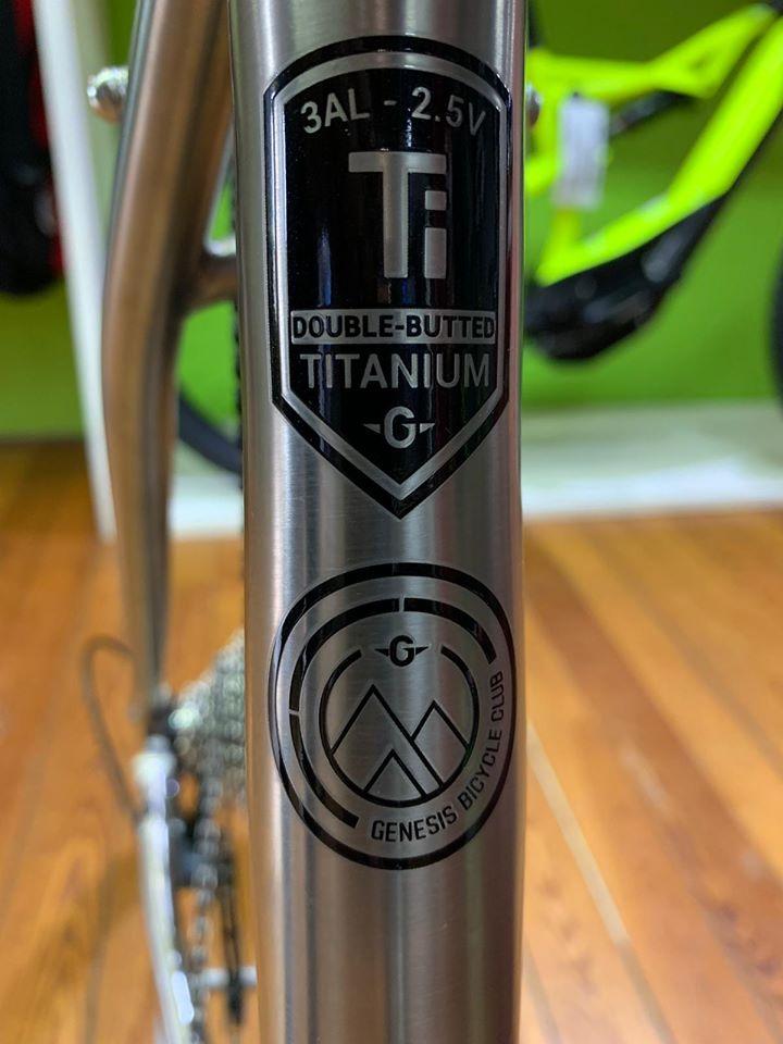 Forcella Gravel Bike Genesis Croix de Fer in Titanio